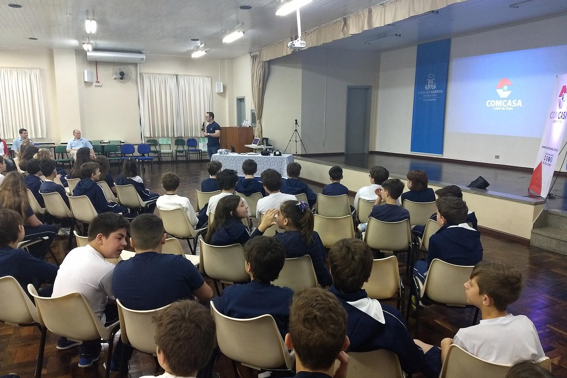 Comcasa em evento de Dia das Crianças no Colégio Marista Frei Rogério